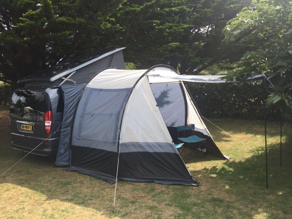 Camper met voortent